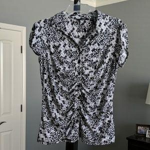 Short Sleeve Black and White Animal Print Top